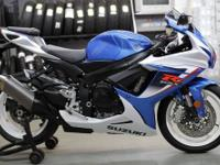 2013 Suzuki GSX-R 600 in blue and white with only 300