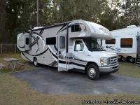 Check out this beautiful, 2013 THOR CHATEAU 31L, this