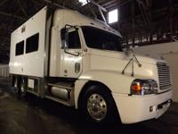 2013 Custom Built Toterhome on 2000 Freightliner