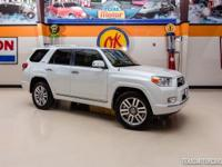 2013 Toyota 4Runner Limited 4x4  Super clean white 2013