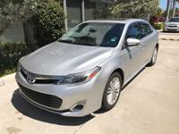 Looking for a clean, well-cared for 2013 Toyota Avalon