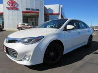 Navigation and blind-spot monitor!! This 2013 Toyota