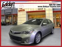 This Avalon has less than 4k miles !! Acquires Great