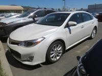 DRIVE FOREVER!! THIS TOYOTA AVALON XLE TOURING COMES