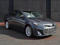 This 2013 Toyota Avalon 4dr 4dr Sedan Limited features