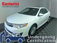 Options:  2013 Toyota Camry Le|White|2013 Toyota Camry