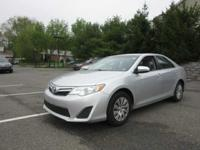PREMIUM & KEY FEATURES ON THIS 2013 Toyota Camry