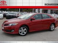 Exterior Color: barcelona red, Body: Sedan, Engine: