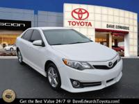Options:  2013 Toyota Camry Se|Se 4Dr Sedan|Clean