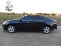 2013 Toyota Camry SE. ABS brakes, Alloy wheels,