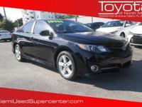 Options:  2013 Toyota Camry Se Black/ V4 2.5L