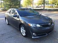 2013 Toyota Camry SE in Gray and Black Fabric Seat