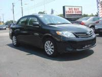 2013 Toyota Corolla 4dr Car LE Our Location is: Charles
