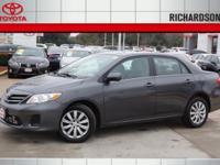Exterior Color: magnetic gray, Body: Sedan, Engine: