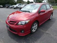 Come see this 2013 Toyota Corolla . Its transmission