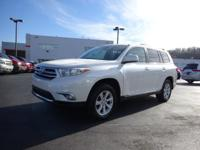 Just Reduced! Clean CARFAX. 2013 Toyota Highlander 3.5L