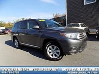 Come see this 2013 Toyota Highlander . Its Automatic