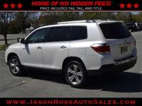 Beautiful 2013 toyota highlander limited 4x4 with only