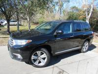 Options:  2013 Toyota Highlander Limited|This 2013
