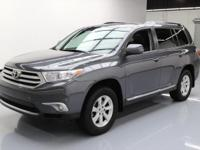2013 Toyota Highlander with 3.5L V6 Engine,Leather