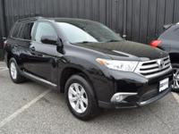 This 2013 Toyota Highlander Base 4WD features a 3.5L V6