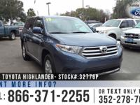 2013 Toyota Highlander. *** Still under Guarantee ***.