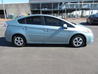 Come see this 2013 Toyota Prius . Its Variable