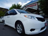CLEAN CARFAX, ONE OWNER, 2013 TOYOTA SIENNA L, V6 3.5
