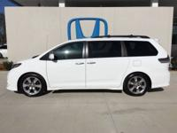 Look at this 2013 Toyota Sienna SE. Its Automatic