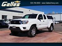 Come see this 2013 Toyota Tacoma . Its transmission and