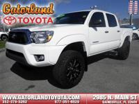 4-Wheel Drive, and 6 Cylinder Engine -Carfax One Owner-