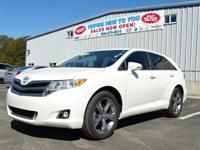 Clean CARFAX. Blizzard Pearl 2013 Toyota Venza XLE AWD