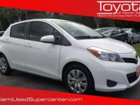 Options:  2013 Toyota Yaris Le|Super White/|V4 1.5L