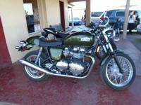 2013 Triumph Thruxton 900. 1700 miles only- Upgraded