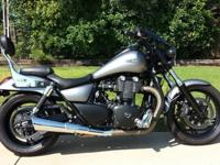 THIS IS AN EXCELLENT CONDITIN 2013 TRIUMPH THUNDERBIRD