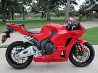 2013HONDACBR600RRSPORT BIKEIN BEAUTIFUL RED FINISHONLY