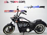 2013 Victory High-Ball Key Features 106/6-speed Freedom