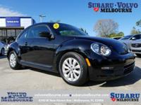 LOCALLY OWNED 2013 VOLKSWAGEN BEETLE COUPE 2.5L