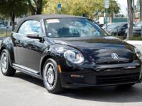 Options:  2013 Volkswagen Beetle Convertible 2.5L|Black