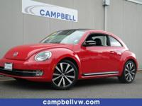 RARE BEETLE 2.0L TURBO. Panoroof, leather, Fender