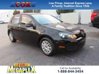 This 2013 Volkswagen Golf 2.5L in Black is well
