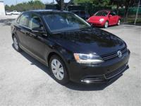 Jetta 2.5L SE, Volkswagen Certified, 16' Steel Wheels