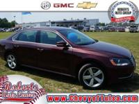 Come see this 2013 Volkswagen Passat SE. This Passat