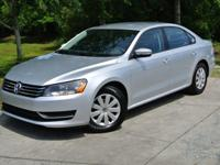 This 2013 Volkswagen Passat 4dr S Sedan includes a 2.5