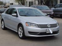 Passat 2.5 SE, 4D Sedan, 6-Speed Automatic, ABS brakes,