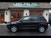AWD Panoramic Power Sunroof Bluetooth Driver and