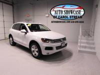 AWD, NAVIGATION, BACKUP REAR CAMERA, HEATED SEATS,