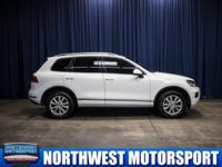 Clean Carfax AWD SUV with Backup Camera!  Options:
