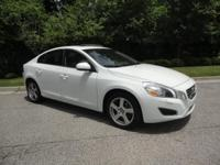 S60 T5, Leather, LIFETIME ENGINE WARRANTY!, And Sunroof