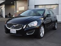 PREMIUM & KEY FEATURES ON THIS 2013 Volvo S60 include,